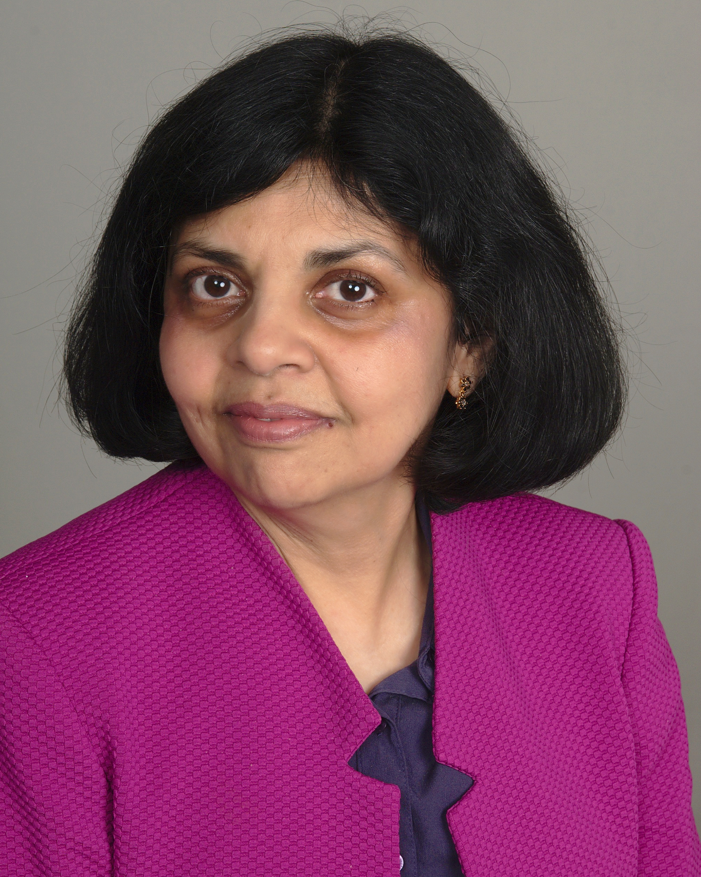 Sangeeta Pradhan, a Registered Dietitian and Certified Diabetes Educator